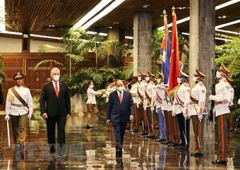 Lãnh đạo Ban Đối ngoại Trung ương Đảng làm việc tại Cuba