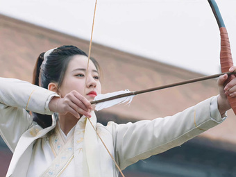 Triệu Lộ Tư lộ ảnh cực đáng yêu, xinh thế nào mà hình cũ của mỹ nữ Trần Thiên Thiên trong lời đồn bị đào bới