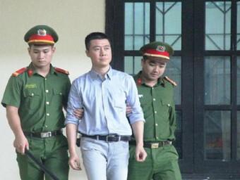 Phan Sào Nam xin trích lương, đi vay mượn để nộp hết tiền khắc phục hậu quả