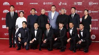 Thảm đỏ LHP Bắc Kinh: Angelababy trở thành tâm điểm, Củng Lợi quyền lực, Đồng Lệ Á sang chảnh quyến rũ