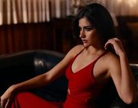 Hết thi Hoa hậu Thế giới, Trái đất, người đẹp Chile lại thi Hoa hậu Hoàn vũ