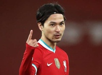 Cánh tay phải của Klopp khẳng định tuyển thủ Nhật có tương lai ở Liverpool