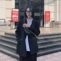 Nữ sinh 17 tuổi cao 1m70, sở hữu nét đẹp phi giới tính gây sốt mạng