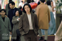 """""""Mặt chó Reply 1988"""" bị Knet chê bai xấu xí, hại phim mới của Ảnh hậu Cannes flop thảm hại?"""