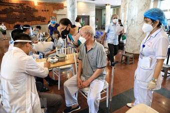 Trưa 22/9: Thành phố Hà Nội thêm 5 ca bệnh, có 1 ca ngoài cộng đồng