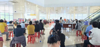Đà Nẵng tiếp tục tiêm vaccine phòng COVID-19 cho 100.000 người