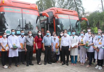 Vừa 'xanh hóa' toàn tỉnh, 'chiến sĩ áo trắng quê hương Đồng Khởi' lập tức lên đường hỗ trợ TPHCM