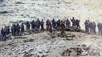 """Trung Quốc """"đâm"""" Ấn Độ nhát dao điếng người: Thần tốc lập 10 căn cứ không quân sát biên giới!"""