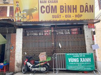 """""""Ship"""" chưa đến 1km mất gần 30.000 đồng, người bán và người mua ở Hà Nội """"khóc thét"""""""