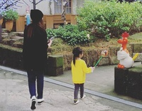 """Phỏng vấn độc quyền Châu Du Dân từ Đài Loan: Hiếm hoi kể về bà xã minh tinh Dụ Hồng Uyên, """"quẩy"""" nhạc BLACKPINK chiều con gái"""