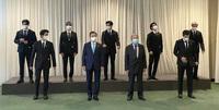 """BTS diện kiến Tổng thư ký, gây bão với bài phát biểu tại Liên Hợp Quốc: """"Thay vì thế hệ mất mát, hãy gọi chúng tôi là thế hệ đón chào"""""""