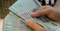 """Vietcombank bất ngờ lên tiếng về """"tạm khóa báo có tài khoản"""""""