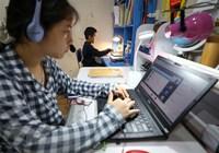 """Hội đồng Nhân dân thành phố Hà Nội ủng hộ """"Sóng và máy tính cho em"""""""