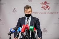 Lithuania cảnh báo người dân về điện thoại Trung Quốc