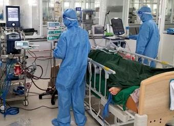 """45 ngày """"cân não"""" cứu sản phụ mắc Covid-19 chạy ECMO đầu tiên ở Đồng Nai"""