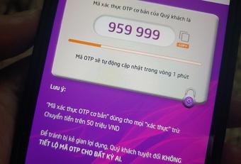 Nhiều người mất hàng trăm triệu đồng vì tin nhắn, cuộc gọi lừa đảo