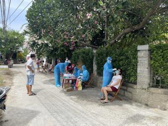 Tiệm cắt tóc, gội đầu, cửa hàng tạp hóa... được hoạt động lại ở Khánh Hòa