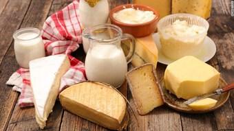 Người tiêu thụ nhiều chất béo từ sữa giảm nguy cơ mắc bệnh tim