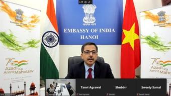 Ấn Độ hỗ trợ Việt Nam thử nghiệm vắc xin Nano Covax