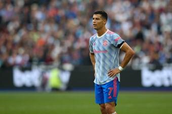 Rõ lý do Ronaldo vắng mặt trong trận thua của Man Utd