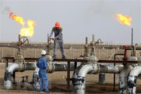 Giá dầu Brent chạm mức cao nhất trong hơn hai tháng qua