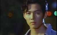 """""""Ông hoàng cảnh nóng"""" Lee Jung Jae gây sốt trong """"Trò chơi con mực"""": Cặp kè """"tiểu tam Kbiz"""", bị đồn đồng tính tới chuyện tình với vợ cũ """"thái tử"""" Samsung"""