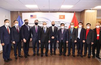 Boeing cam kết hỗ trợ ngành hàng không vũ trụ Việt Nam