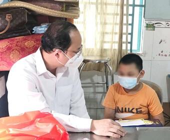 Hỗ trợ để trẻ mồ côi do đại dịch COVID-19 được sống trong môi trường gia đình