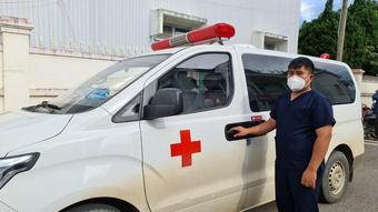 Chàng nông dân tình nguyện lái xe cấp cứu phòng chống dịch Covid-19
