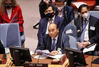 Chủ tịch nước Nguyễn Xuân Phúc đề xuất sáng kiến ứng phó biến đổi khí hậu
