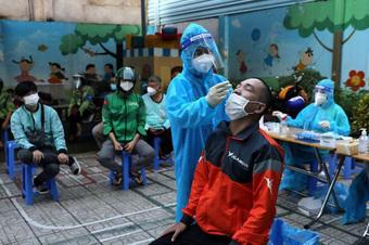 TP.HCM: Nghiên cứu phương án tiêm vắc xin cho trẻ em
