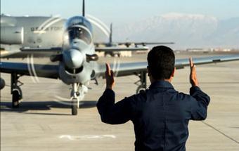 Nỗi bất an của các phi công Afghanistan đang ở Tajikistan chờ sang Mỹ