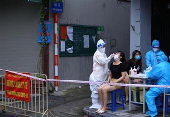 Hà Nội điều chỉnh phân luồng xét nghiệm sàng lọc chẩn đoán SARS-CoV-2