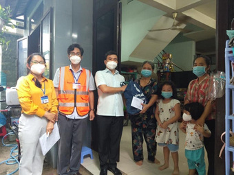 Bộ LĐ-TB&XH đề nghị các địa phương triển khai các biện pháp chăm sóc trẻ em mồ côi do COVID-19