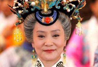 Lưu Tuyết Hoa dự định vào viện dưỡng lão ở, tiết lộ cuộc sống một mình ở tuổi 62: bật TV 24/24h, sợ ngã vì không ai biết