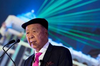 Tỷ phú sòng bài Macau tổn thất trăm triệu USD vì lo ngại quy định thắt chặt mới