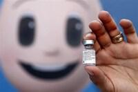 Indonesia nhận vaccine, Israel không để giáo viên chưa tiêm đến trường