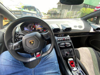 Sau một năm dùng Mazda6, ''rich kid'' phố núi lên đời hẳn Lamborghini Huracan siêu độc tại Việt Nam