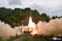 Căng thẳng leo thang, Mỹ thúc Triều Tiên đến bàn đàm phán