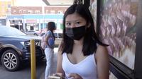 """Cặp """"nếp tẻ"""" nhà Johnny Đặng - ông vua kim cương người Việt tại Mỹ vừa xuất hiện trên YouTube đã nhanh chóng chiếm spotlight"""