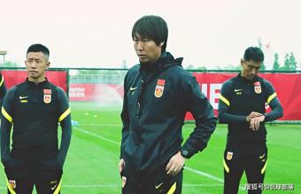 ĐTQG sẵn sàng chia tay HLV Li Tie, báo Trung Quốc gợi ý nhà vô địch World Cup để thay thế