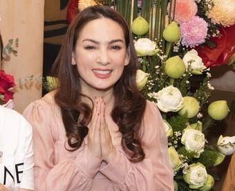 Nhiễu loạn thông tin về sức khoẻ của ca sĩ Phi Nhung sau 3 ngày trở nặng, đại diện lên tiếng làm rõ
