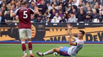 Gây hấn với Jurgen Klopp, Solskjaer đối mặt án phạt của FA?