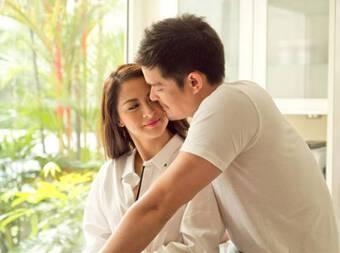 Ly hôn được 1 tuần vợ đã tìm đến nhà đòi tiền, người đàn ông lập tức đồng ý sau khi nhặt được 1 tờ giấy do vợ làm rơi
