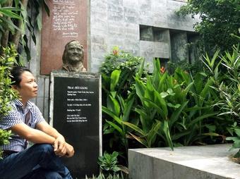 Nhạc sĩ Trần Quế Sơn...tá hỏa với căn cước công dân mới