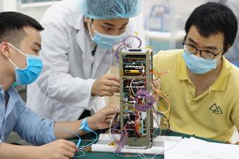 Ngày 1-10, vệ tinh NanoDragon của Việt Nam phóng tại Nhật Bản