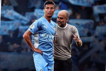 Pep Guardiola thừa nhận Man City thiếu một tiền đạo như Ronaldo