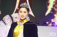 """Thí sinh U40 """"xấu, béo"""" được chú ý hơn cả tân Hoa hậu châu Á 2021"""