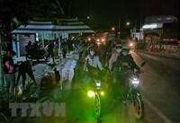 Giải quyết tình trạng người dân chạy xe máy về quê bị kẹt ở Hậu Giang