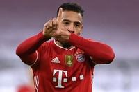 Nguy cơ mất lá chắn tuyến giữa, Milan muốn có sao Bayern